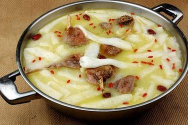 (膳食营养与厨艺)竹荪鹅的做法