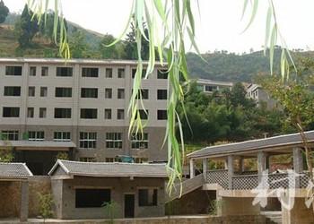 貴州農莊:桐梓石燕洞度假山莊圖文介紹
