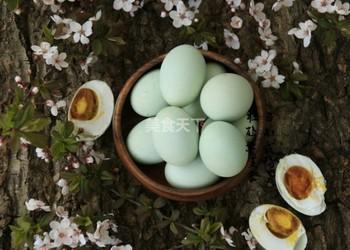 农家自制咸鸭蛋的做法(图文)