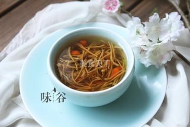 金銀花枸杞湯的手工做法(飲品)