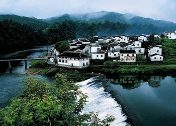 美麗鄉村建設中村莊治理規劃問題與實踐