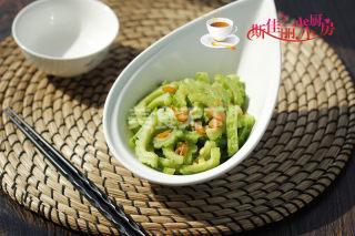 美食:如何做一道清新爽口的蝦仁炒苦瓜?