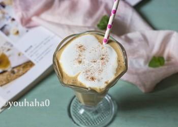 """怎樣手工制作飲料""""棉花糖酸奶咖啡""""?"""