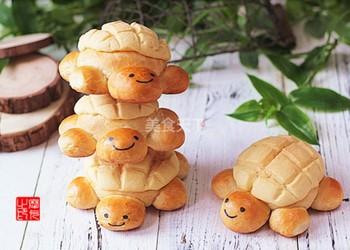 烘焙食品:小烏龜菠蘿包的手工做法
