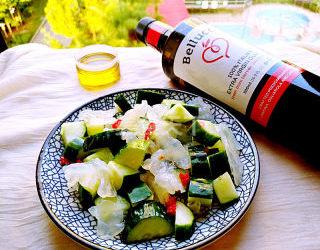 凉拌海蛰黄瓜的家庭自制做法(图解)