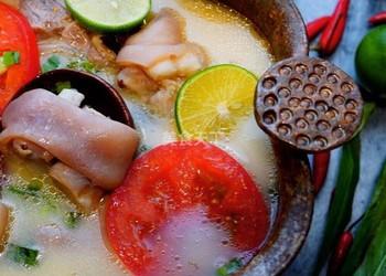 云南菜酸豬腳湯的圖示做法