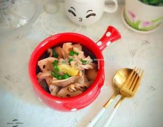 圖解:豬肚蓮藕湯的廚藝做法