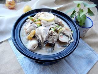 图文演示:泡椒柠檬鱼的家庭烹制方法