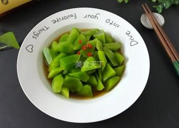 (圖解)涼拌萵筍的廚房自制法