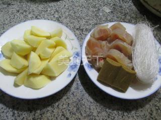 手工自制牛筋粉絲煮土豆(農家美食)