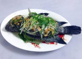 """家庭廚房美食""""豆醬蒸花斑魚""""的做法"""