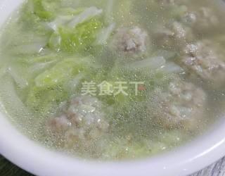 湯羹:白菜土豆肉丸湯的自制做法(圖解)