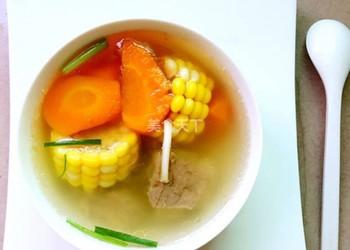 自制湯羹:懶人版排骨湯的手工做法