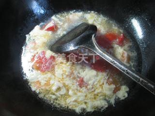 雞蛋番茄蝦仁湯的圖解自制方法