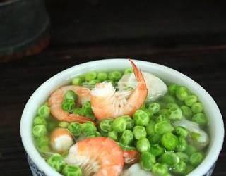 (圖示)豌豆蝦仁丸子湯的自制教程
