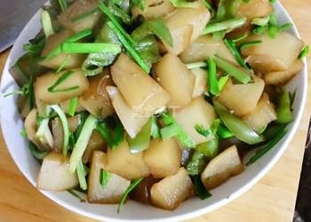 蒜苗蘿卜丁(炒菜)的手工做法