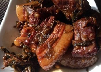 梅菜燒肉的廚房自制做法(美食廚藝)