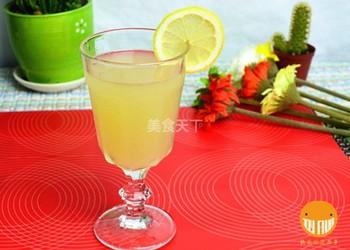 果汁飲品:雪梨檸檬汁的家庭自制