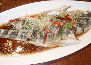 膳食:清蒸黃花魚的廚藝做法(水產品)