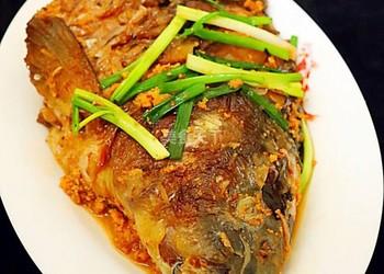 圖文:蔥燒魚頭的手工做法-怎么做蔥燒魚頭?