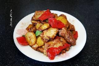 排骨炒青椒土豆片的手工做法(圖示教材)