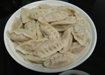 豬肉酸菜餃子的圖解手工自制