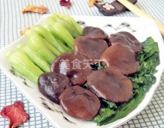(圖解)香菇扒油菜的手工制作