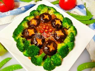 (圖解)肉末扒香菇西蘭花的手工制作