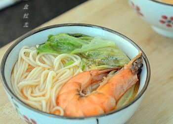 圖文教程:自制鮮蝦湯面的做法