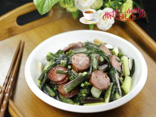 紅腸炒菜薹的手工烹制法(圖解)