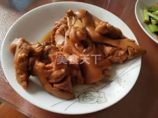圖文教程:紅燒豬蹄的手工烹制法