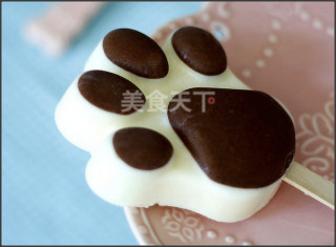 飲品:熊掌雪糕冰淇淋的自制做法(圖)