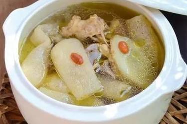 竹荪老鸭汤的做法及竹荪的传说